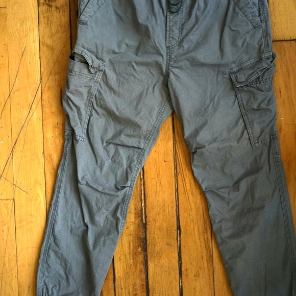 Cargo Joggers with GapFlex. Size M. Gray